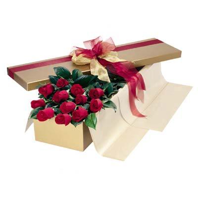 Bayburt cicekciler , cicek siparisi  10 adet kutu özel kutu