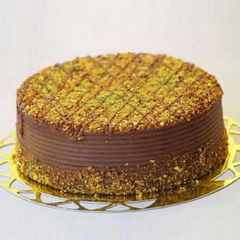 sanatsal pastaci 4 ile 6 kisilik krokan çikolatali yas pasta  Bayburt cicek , cicekci