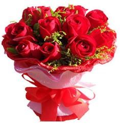 9 adet kirmizi güllerden kipkirmizi buket  Bayburt çiçekçiler