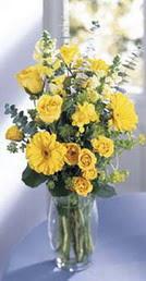 Bayburt online çiçek gönderme sipariş  sari güller ve gerbera cam yada mika vazo