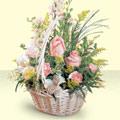 Bayburt 14 şubat sevgililer günü çiçek  sepette pembe güller