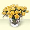 Bayburt çiçekçi telefonları  11 adet sari gül cam yada mika vazo içinde