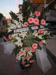 kazablanka,gerbera,sebboy ferforje  Bayburt çiçekçi mağazası