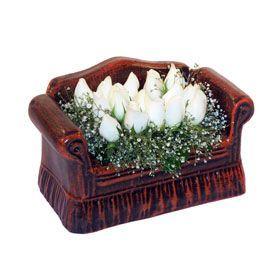 seramik içerisinde 11 gül  Bayburt hediye çiçek yolla