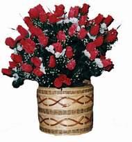 yapay kirmizi güller sepeti   Bayburt kaliteli taze ve ucuz çiçekler