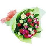 12 adet renkli gül buketi   Bayburt çiçek gönderme sitemiz güvenlidir