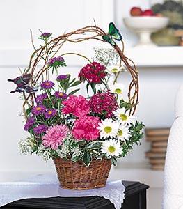 Bayburt cicekciler , cicek siparisi  sepet içerisinde karanfil gerbera ve kir çiçekleri