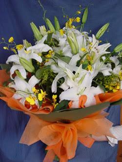 Bayburt internetten çiçek satışı  5 ADET KAZABLANKA BUKETI KALITEDEN SASMAYANLARA