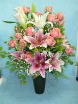 Bayburt internetten çiçek satışı  cam vazo içerisinde 21 gül 1 kazablanka