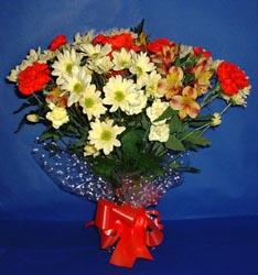 Bayburt hediye çiçek yolla  kir çiçekleri buketi mevsim demeti halinde