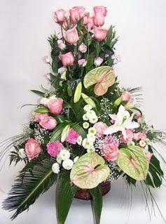 Bayburt ucuz çiçek gönder  özel üstü süper aranjman