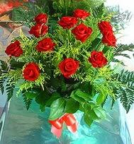 12 adet gül buketi  Bayburt anneler günü çiçek yolla