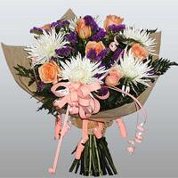 güller ve kir çiçekleri demeti   Bayburt çiçekçiler