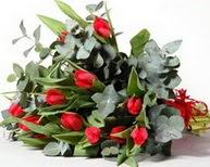 Bayburt çiçek satışı  11 adet kirmizi gül buketi özel günler için