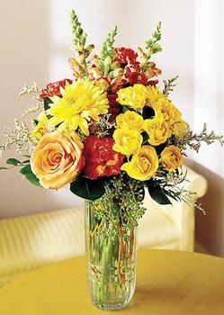 Bayburt 14 şubat sevgililer günü çiçek  mika yada cam içerisinde karisik mevsim çiçekleri