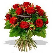 9 adet kirmizi gül ve kir çiçekleri  Bayburt internetten çiçek satışı
