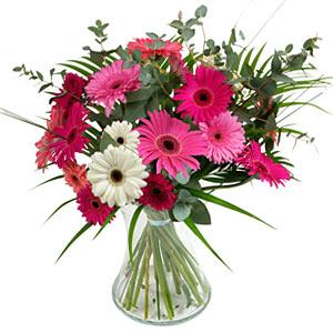 15 adet gerbera ve vazo çiçek tanzimi  Bayburt online çiçek gönderme sipariş