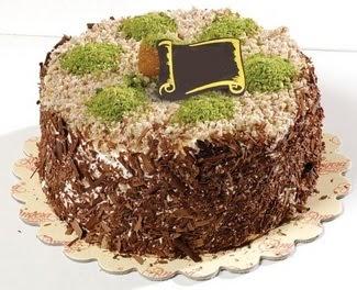 pasta gönderme 4 ile 6 kisilik çikolatali yas pasta  Bayburt çiçek satışı