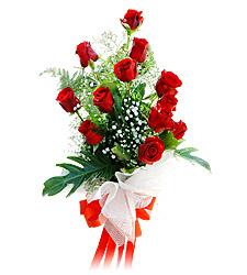 11 adet kirmizi güllerden görsel sölen buket  Bayburt çiçek siparişi vermek