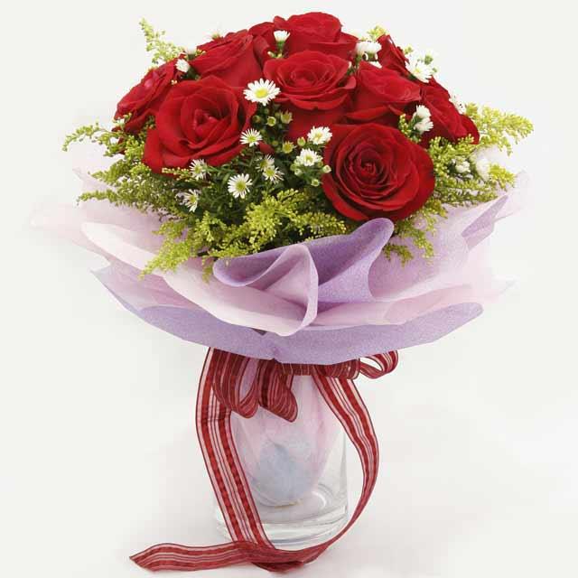 Çiçek gönderme estetikliginiz 11 gül buket  Bayburt çiçekçi mağazası