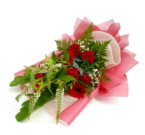 Karisik çiçek buketi mevsim buket  Bayburt çiçek siparişi sitesi