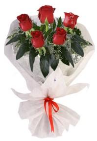 5 adet kirmizi gül buketi  Bayburt çiçekçiler