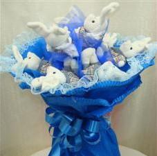 7 adet pelus ayicik buketi  Bayburt çiçek , çiçekçi , çiçekçilik