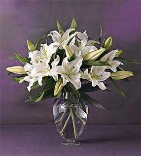 Bayburt İnternetten çiçek siparişi  4 dal cazablanca vazo çiçeği