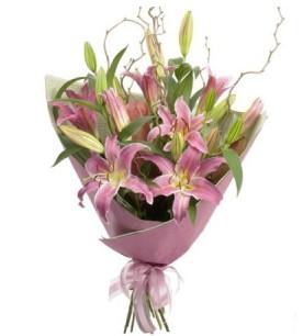 Bayburt İnternetten çiçek siparişi  3 dal cazablanca buket çiçeği