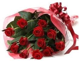 Sevgilime hediye eşsiz güller  Bayburt uluslararası çiçek gönderme