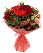 karışık mevsim buketi  Bayburt internetten çiçek siparişi