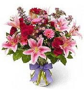 Vazo içerisinde karışık mevsim çiçeği  Bayburt çiçek siparişi sitesi
