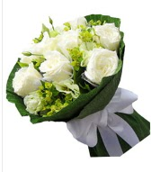 9 adet beyaz gül buketi  Bayburt çiçek siparişi sitesi