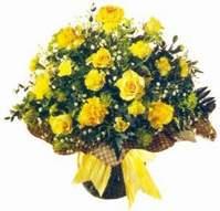 Bayburt çiçek , çiçekçi , çiçekçilik  Sari gül karanfil ve kir çiçekleri