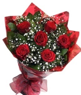 6 adet kırmızı gülden buket  Bayburt yurtiçi ve yurtdışı çiçek siparişi