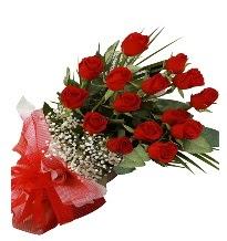 15 kırmızı gül buketi sevgiliye özel  Bayburt çiçek gönderme sitemiz güvenlidir