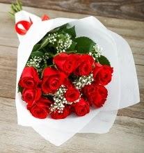 9 kırmızı gülden buket çiçeği  Bayburt çiçek gönderme