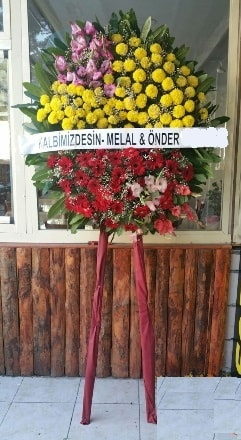 Bayburt anneler günü çiçek yolla  Cenaze çiçek modeli