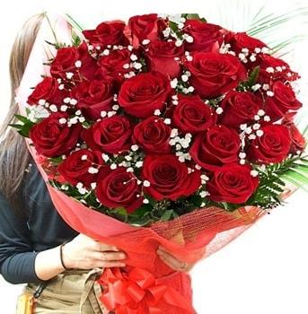 Kız isteme çiçeği buketi 33 adet kırmızı gül  Bayburt çiçek gönderme sitemiz güvenlidir