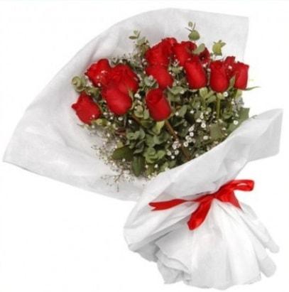 9 adet kırmızı gül buketi  Bayburt çiçekçi mağazası
