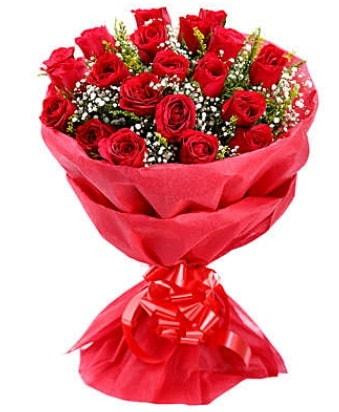 21 adet kırmızı gülden modern buket  Bayburt çiçek gönderme