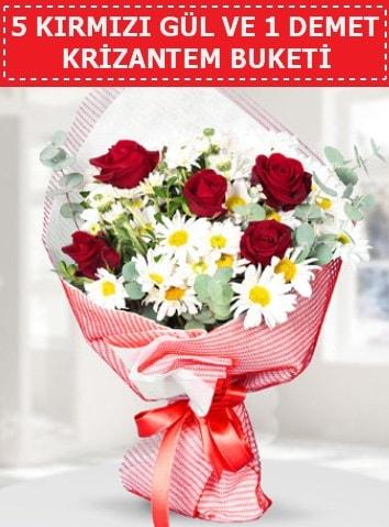5 adet kırmızı gül ve krizantem buketi  Bayburt çiçek satışı